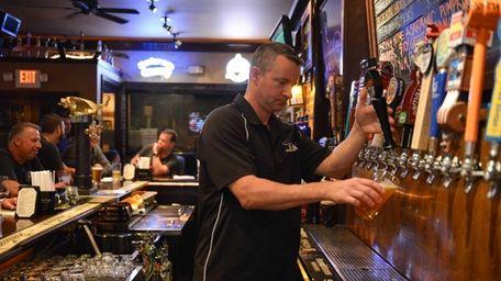The Lark Pub & Grub (93 Larkfield Rd.,