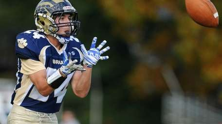 Baldwin running back Matthew Eberhart gets ready to