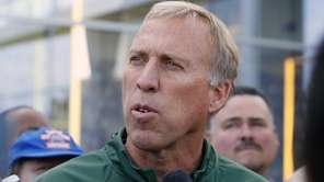 Jets general manager John Idzik talks about the