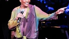 Singer Dionne Warwick performs at the 25th Anniversary