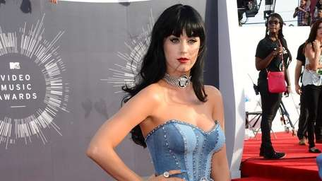 Katy Perry arrives at the MTV Video Music