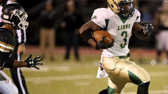 Longwood RB Isaiah White bursts through midfield and