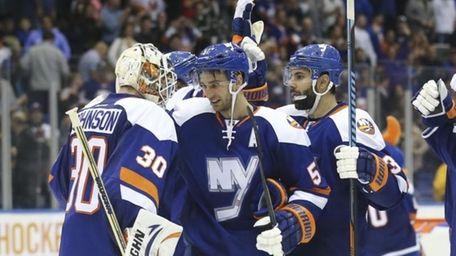 New York Islanders center Frans Nielsen (51) celebrates
