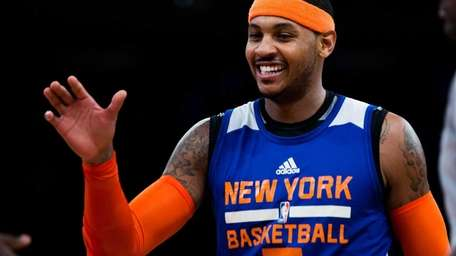 Knicks forward Carmelo Anthony practices at Madison Square