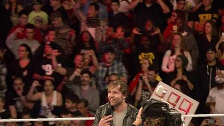 Dean Ambrose faced Seth Rollins in the main