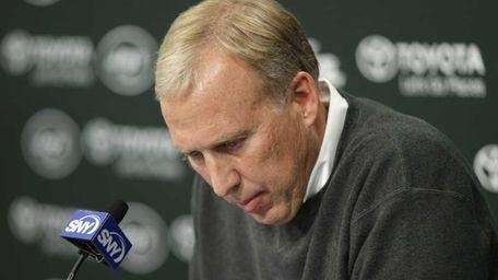 New York Jets general manager John Idzik speaks