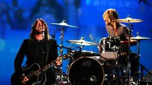 The Foo Fighters perform.