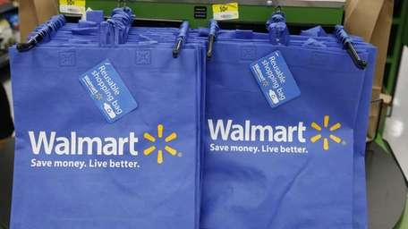 Wal-Mart Stores Inc. will offer Call of Duty: