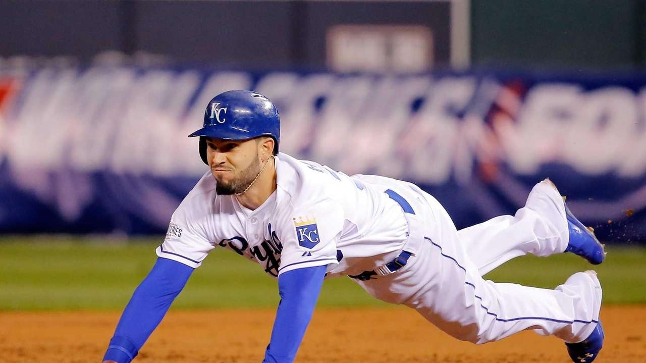 Eric Hosmer of the Kansas City Royals slides