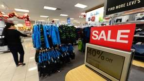 Kohl's says it will open at 6 p.m.