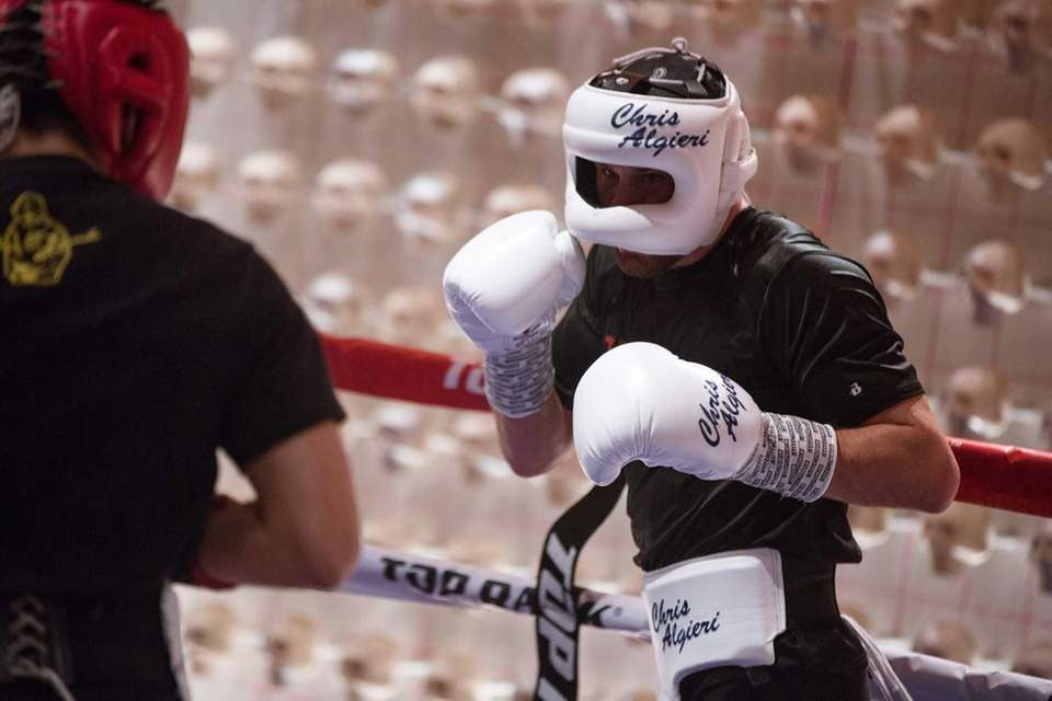 Chris Algieri spars Jose Zepeda at the Palazzo