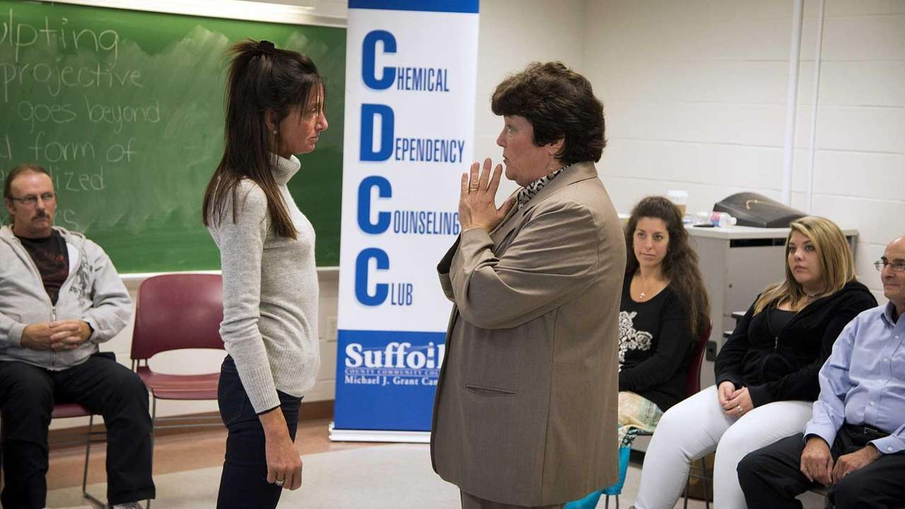 Addiction counseling program at sccc gets boost from grant newsday xflitez Gallery