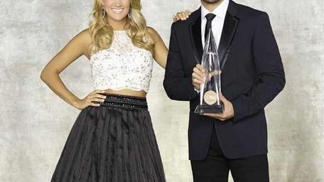 Country superstars Brad Paisley and Carrie Underwood will