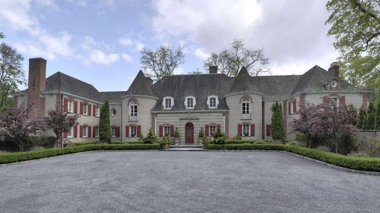 Sitting on 2.32 acres in Muttontown is Thornwood,