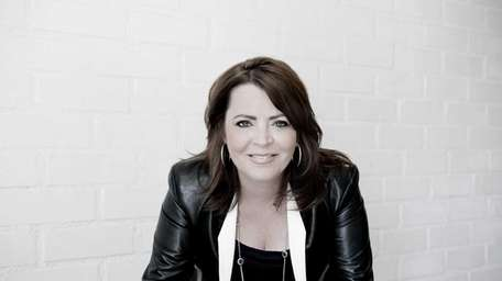 Comedian Kathleen Madigan comes to The Paramount in