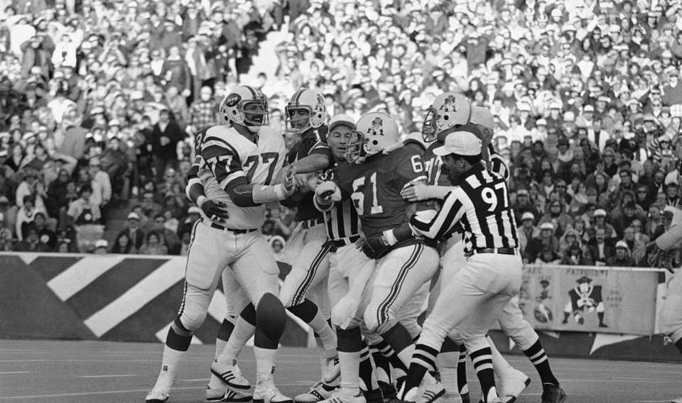 The Jets went 3-11 in 1977, the first