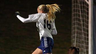 South Side goalie Kayla Klarides makes a save