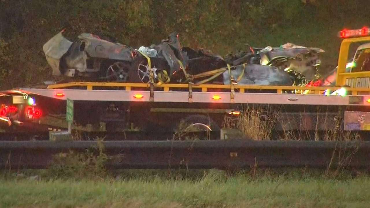 Two Queens men, 19, killed in crash on eastbound Southern State ...