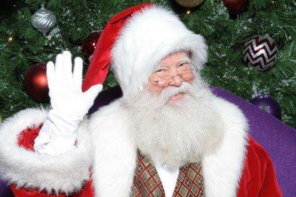 Kids can visit Santa at Roosevelt Field mall