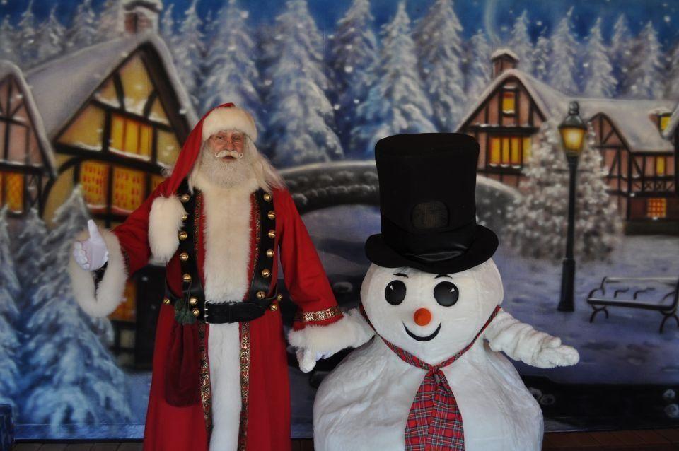 Santa will be at White Post Farms (250