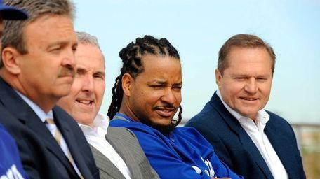 Manny Ramirez, left, and Ramirez's agent Scott Booras