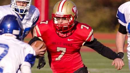 West Hollow Hills' Anthony Lucarelli (#7, right) tries