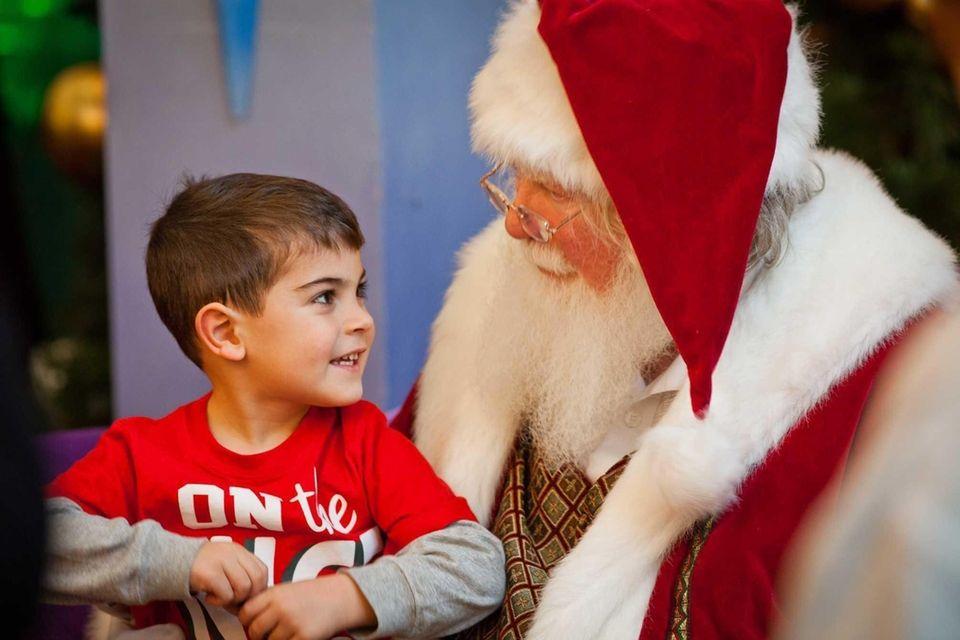 Ho! Ho! Ho! Santa Claus landed his sleigh