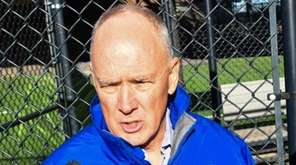 New York Mets general nanager Sandy Alderson and
