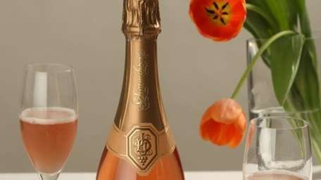 Refreshing sparkling wines for Thanksgiving.