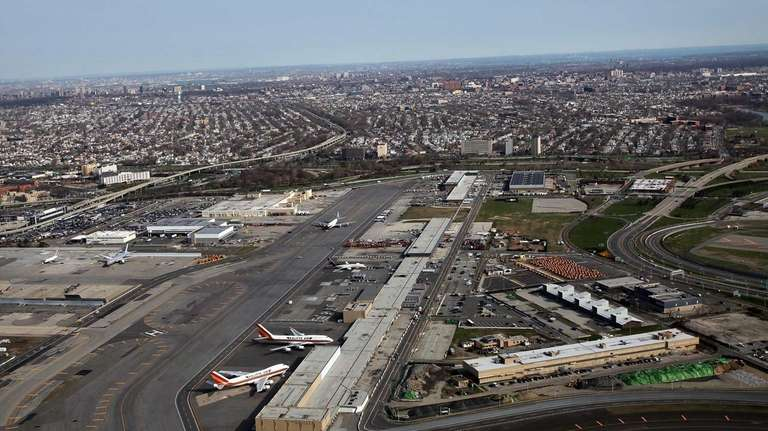 Kennedy Airport bag handlers accused of stealing from
