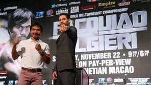 Manny Pacquiao and Chris Algieri pose during a