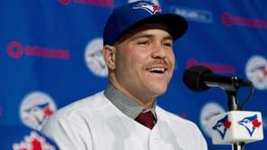 Toronto Blues Jays newly-signed catcher Russell Martin speaks