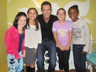 "Kidsday reporters interviewed author and ""Survivor"" host Jeff"