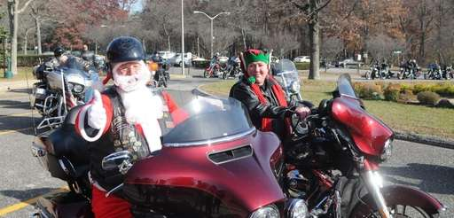 Fred Hartmann, and his wife Nadine Hartmann, Santa