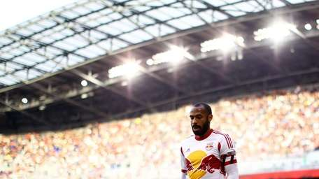 HARRISON, NJ - NOVEMBER 23: Thierry Henry #14