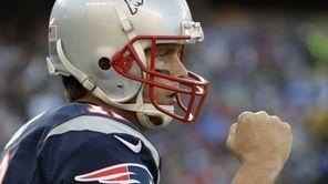 New England Patriots quarterback Tom Brady celebrates his