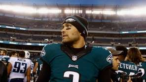PHILADELPHIA, PA - NOVEMBER 23: Quarterback Mark Sanchez