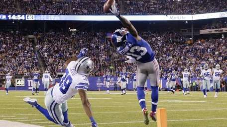 Odell Beckham Jr. makes a catch for the