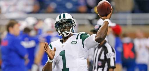 Michael Vick #1 of the New York Jets