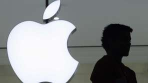 Apple Inc. increased Russian prices for iPhones by