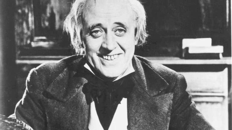 Alister Sims Christmas Carol.A Christmas Carol And Other Vintage Christmas Films To Play In Four