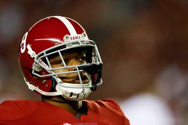 Amari Cooper of the Alabama Crimson Tide looks