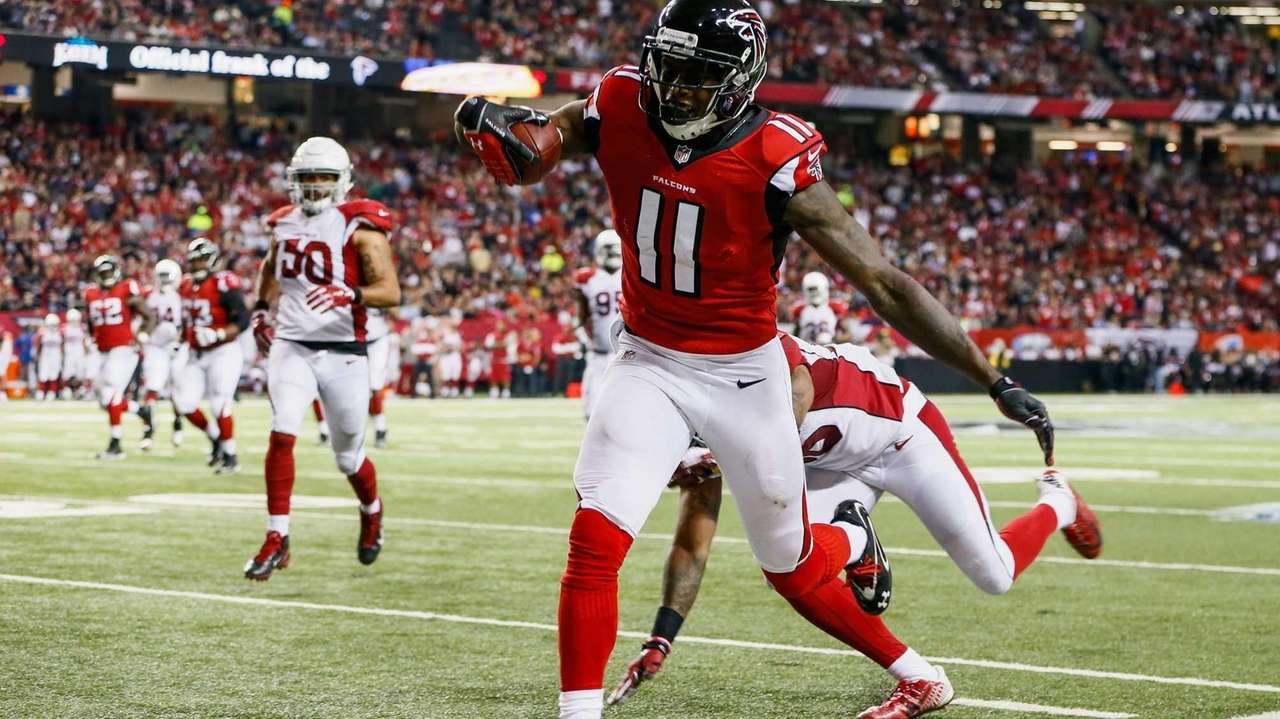 Julio Jones of the Atlanta Falcons catches a