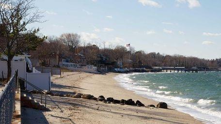 Crescent Beach in Huntington Bay on Nov. 21,
