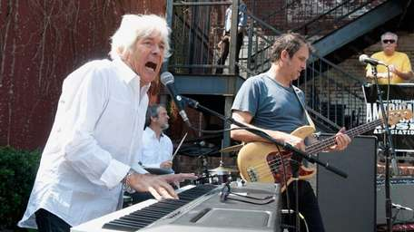 Rolling Stones collaborator and Faces keyboardist Ian McLagan