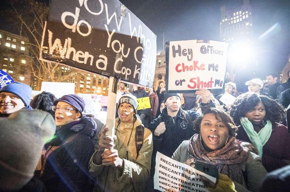 A large crowd demonstrates at Foley Square in