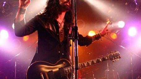 Ex-Motley Crue singer John Corabi will perform the