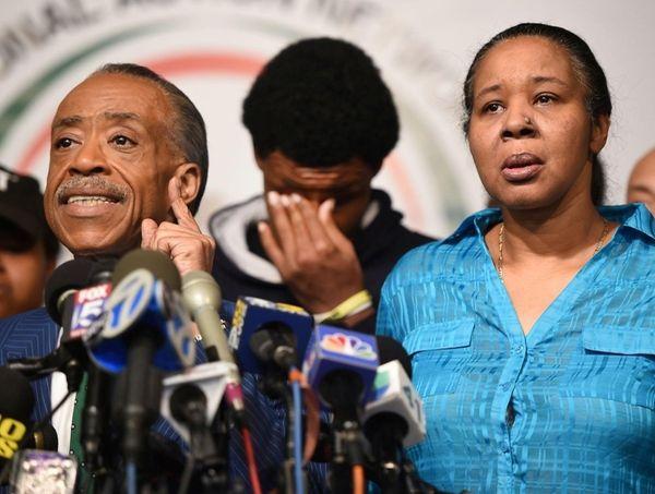 Al Sharpton with Esaw Garner, widow of Eric
