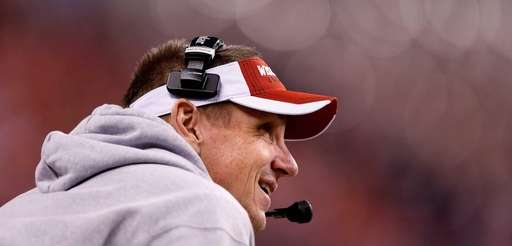 Head coach Gary Andersen of the Wisconsin Badgers