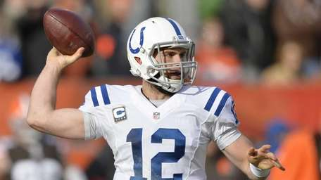 Indianapolis Colts quarterback Andrew Luck passes against the